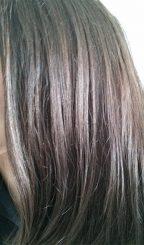 résultat d'une recette maison pour éclaircir ses cheveux naturellement au henné