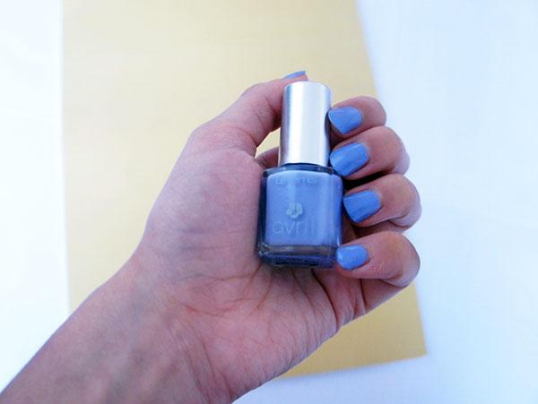 Le test du vernis à ongles Avril beauté dans ma revue sur la marque de maquillage naturelle et pas chère. Mon avis se trouve sur lutetiaflaviae.com !