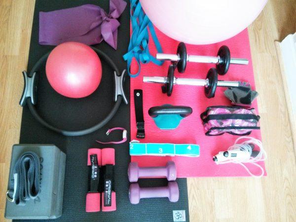 Mon matériel de sport pour faire du sport à la maison ! Découvrez comment devenir sportive à domicile simplement et pour pas cher sur lutetiaflaviae.com !