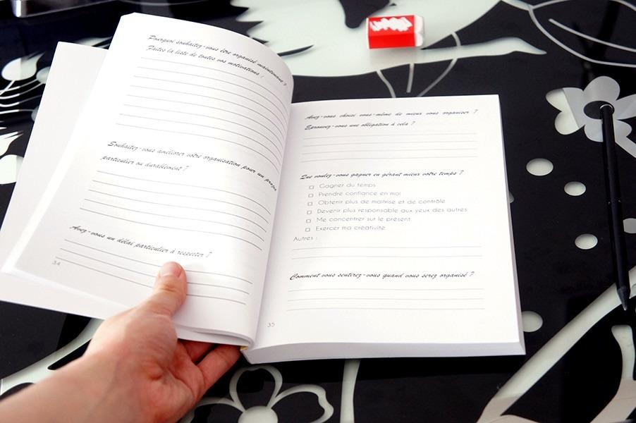Aperçu de S'organiser simplement un livre et workbook conçus pour offrir une méthode d'organisation holistique et apprendre à planifier son équilibre au quotidien sans stress ni culpabilité sur lutetiaflaviae.com