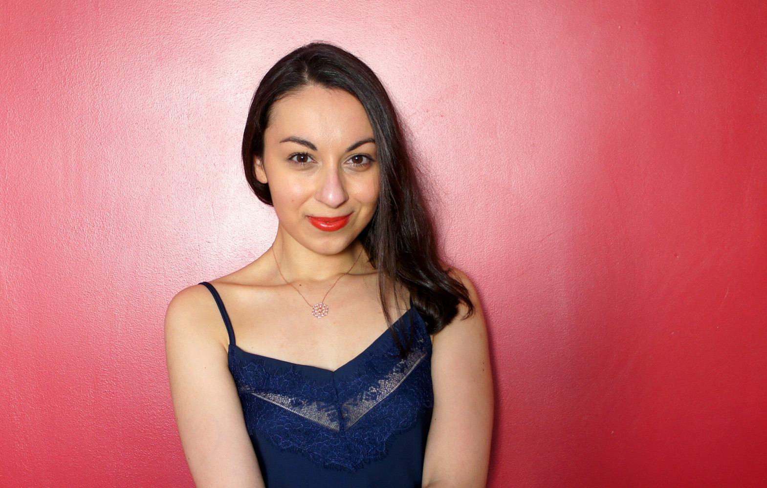 Je suis Mélodie, la créatrice du site slowcreativite.com, actrice du livre S'organiser Simplement et coach en organisation holistique pour s'organiser et créer en conscience
